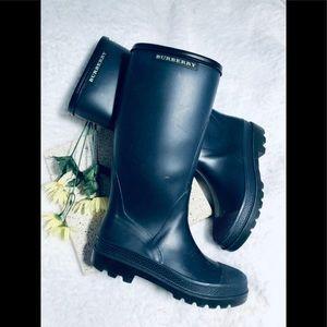 Burberry Shoes - 💎BURBERRY Rainboots size 8